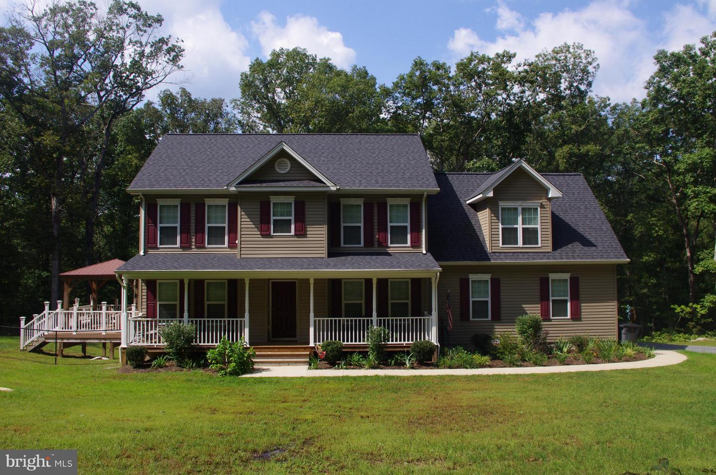Single Family for Sale at 13116 Blackwells Mill Rd Goldvein, Virginia 22720 United States