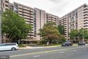 Exterior (Front) - 4141 HENDERSON RD #1004, ARLINGTON