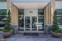 Close to shops, Metro, nighlife. - 1020 HIGHLAND ST N #222, ARLINGTON