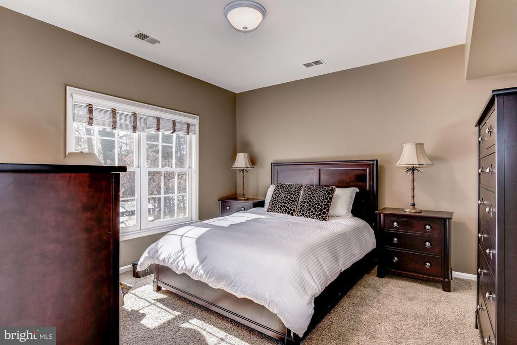 Lower Level Bedroom - 7730 GREENTREE RD, BETHESDA