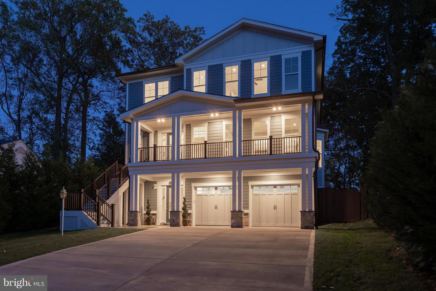 Single Family Home for Sale at 3103 Manor Road 3103 Manor Road Falls Church, Virginia 22042 United States
