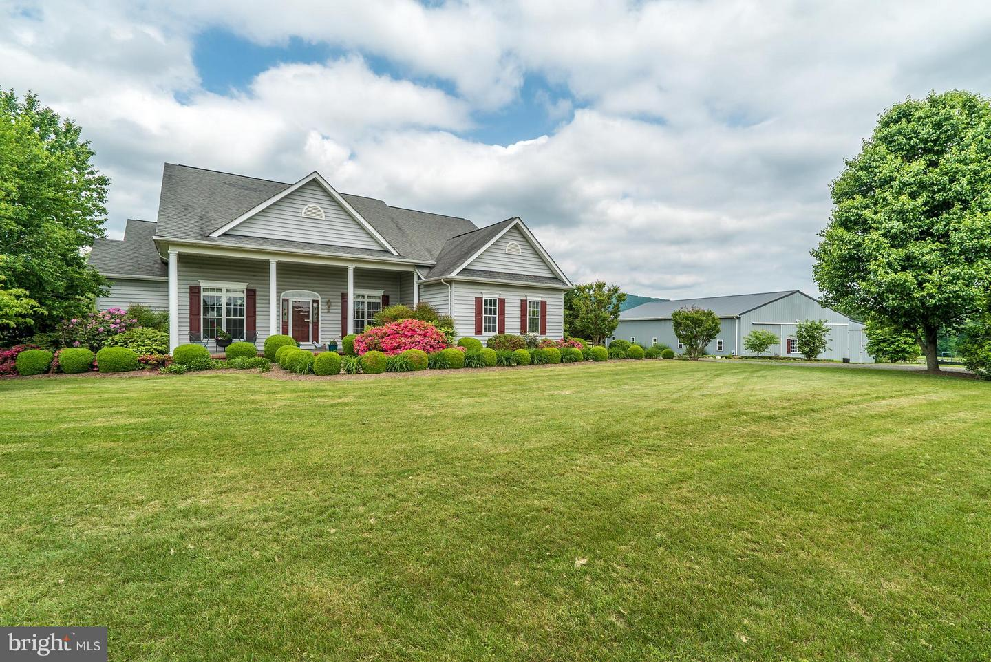 Single Family for Sale at 11546 Hereford Rd Hume, Virginia 22639 United States