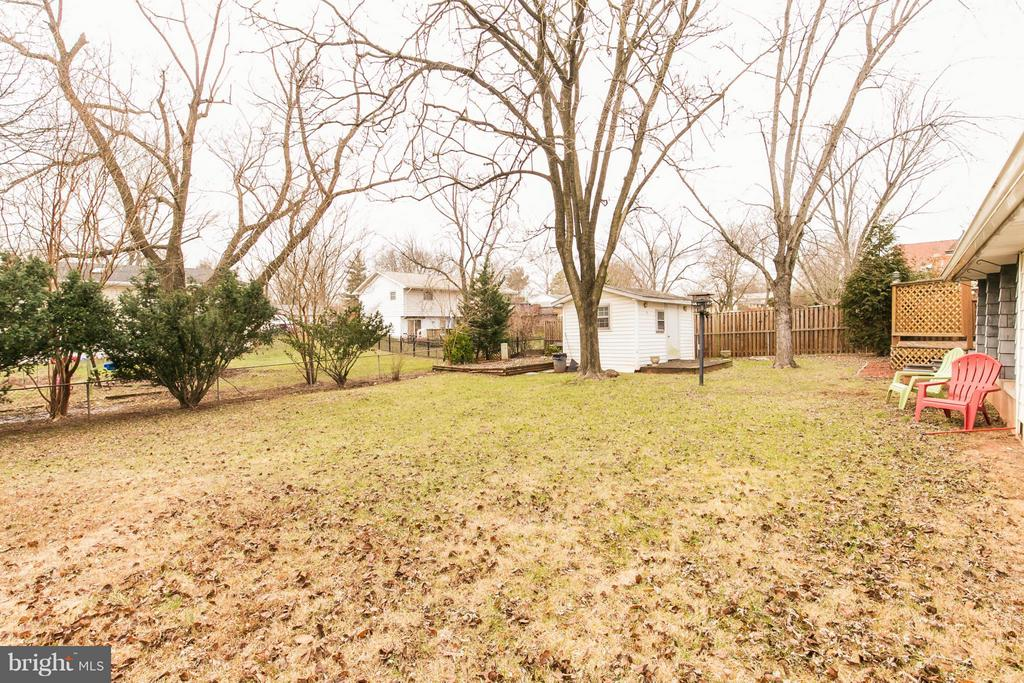 Exterior (Rear) - 46741 WINCHESTER DR, STERLING