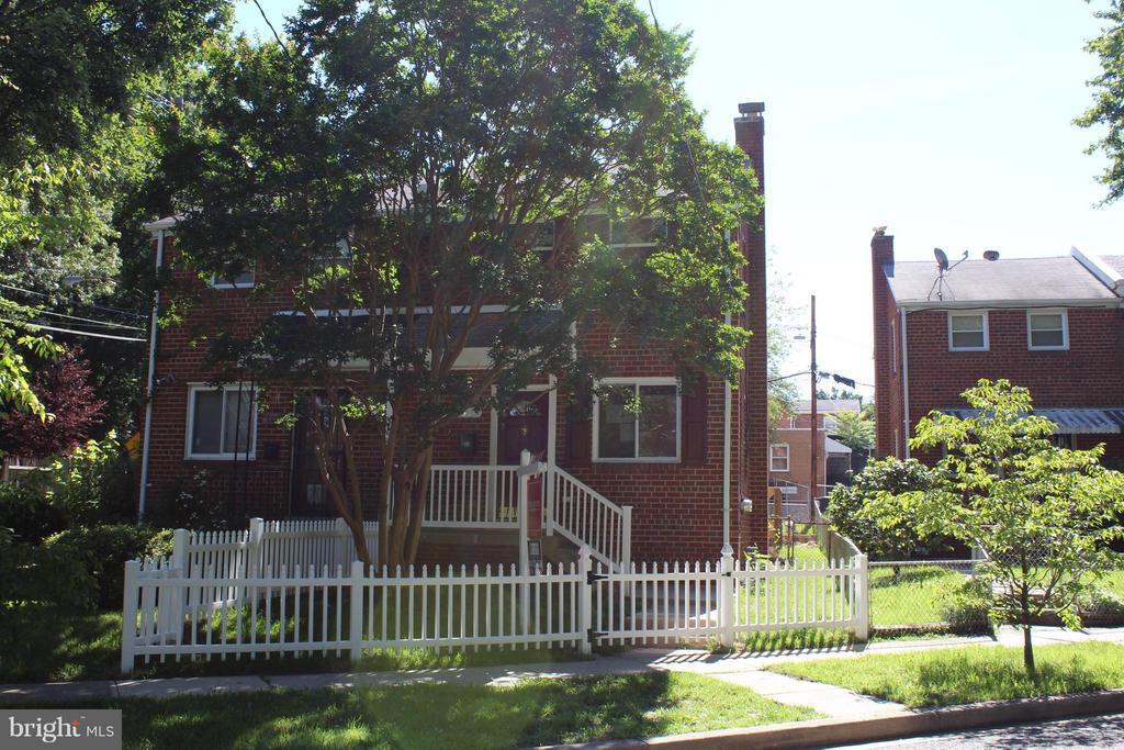 Exterior (General) - 302 BURBANK ST SE, WASHINGTON