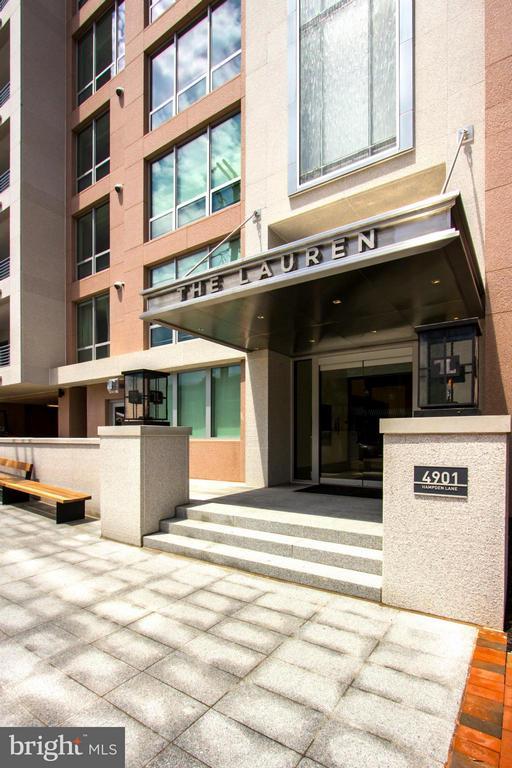 Exterior (Front) - 4901 HAMPDEN LN #604, BETHESDA