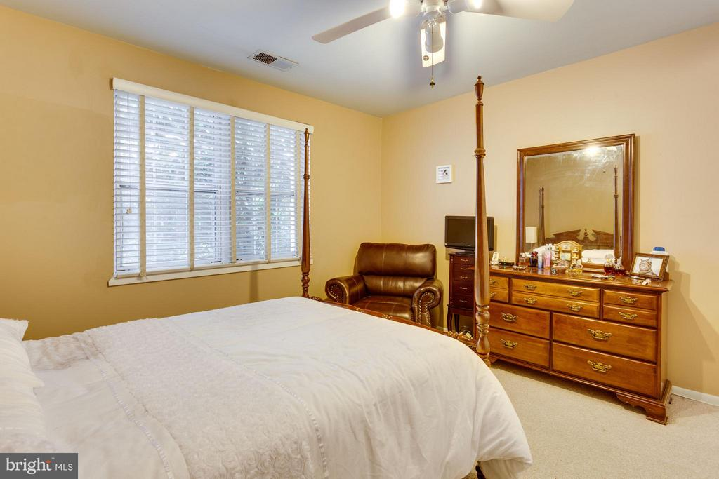 Bedroom (Master) - 2623 WALTER REED DR S #D, ARLINGTON