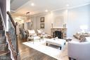 Beautifully renovated interior - 915 9TH ST NE, WASHINGTON