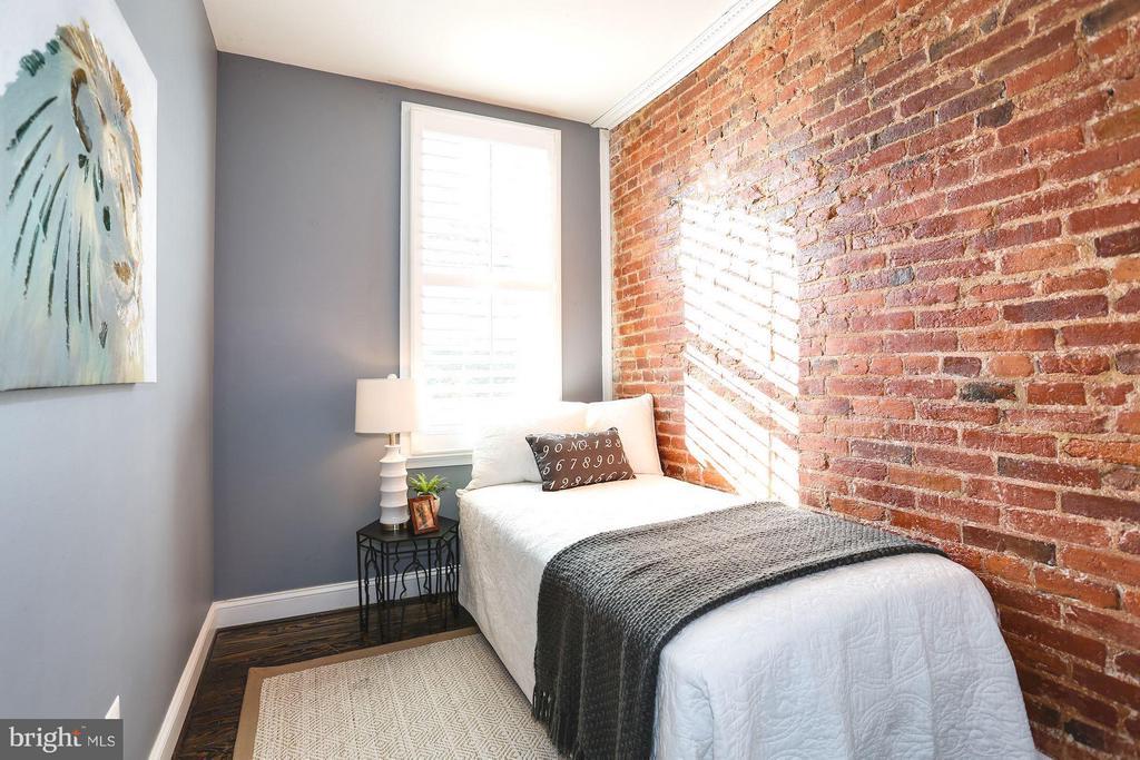 Third bedroom - 915 9TH ST NE, WASHINGTON
