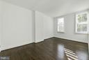 Spacious second bedroom - 915 9TH ST NE, WASHINGTON