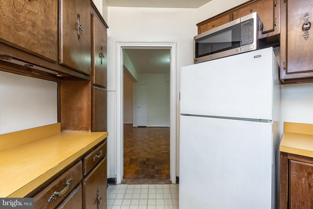 Kitchen - 2500 Q ST NW #412, WASHINGTON