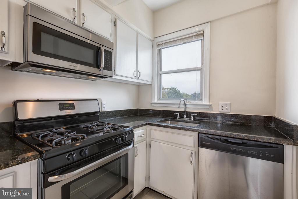 Kitchen - 2500 Q ST NW #539, WASHINGTON