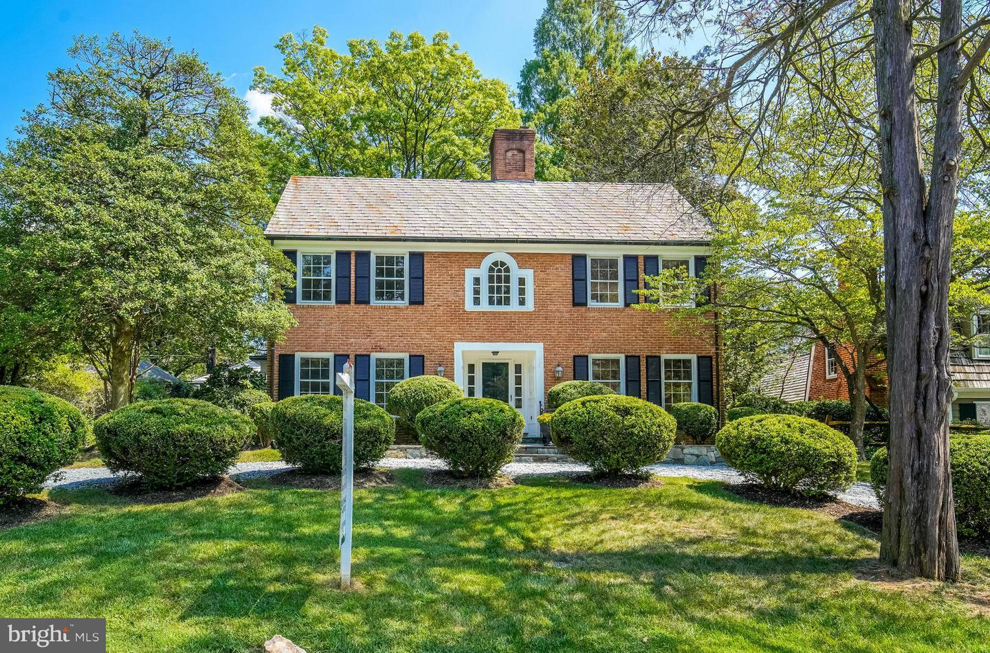 Single Family for Sale at 11101 Ardwick Dr North Bethesda, Maryland 20852 United States