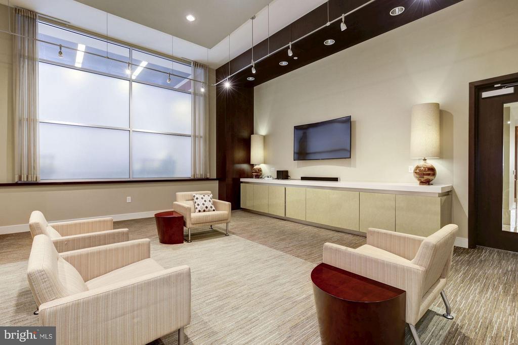 Community Lounge - 1025 1ST ST SE #613, WASHINGTON