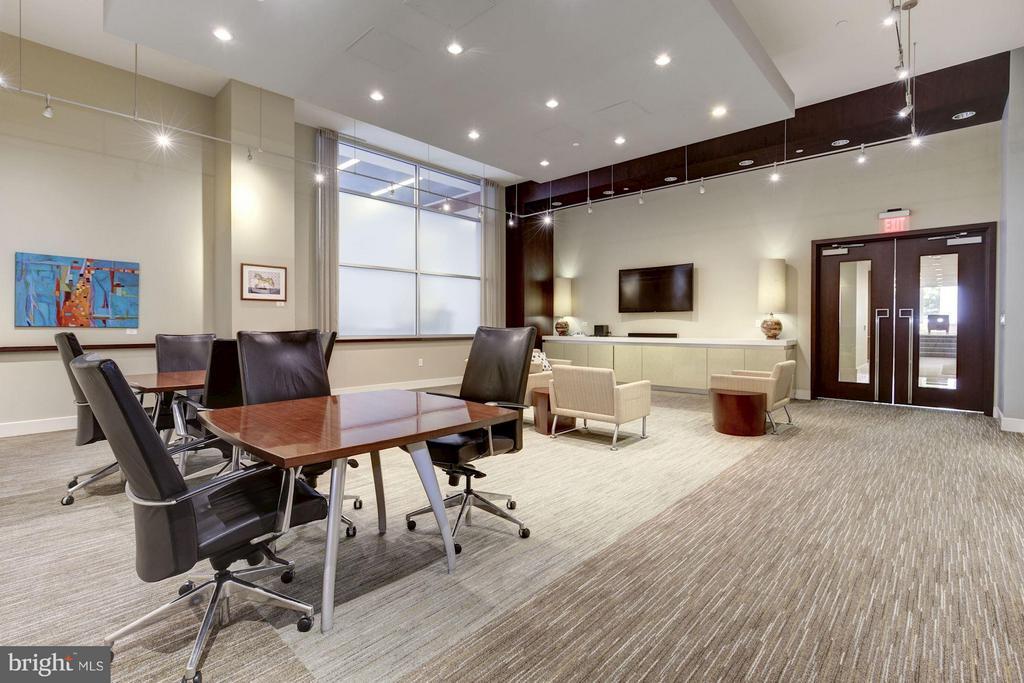 Business center adjacent to main lobby. - 1025 1ST ST SE #613, WASHINGTON
