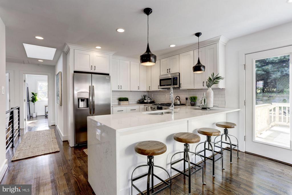 Kitchen - 2620 MORELAND PL NW, WASHINGTON