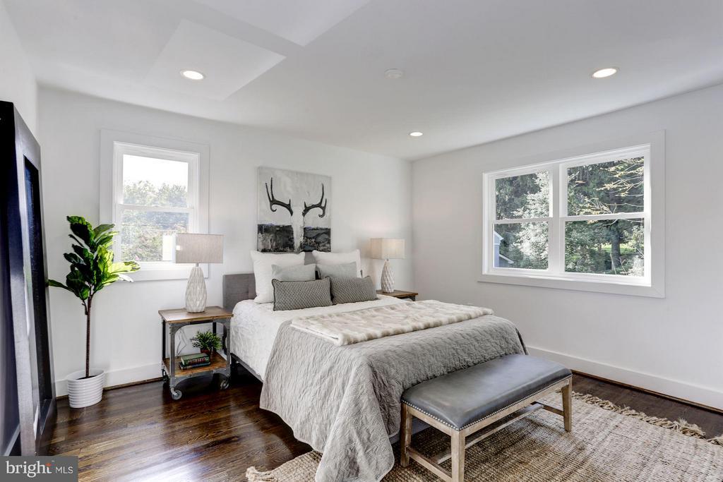 Bedroom (Master) - 2620 MORELAND PL NW, WASHINGTON