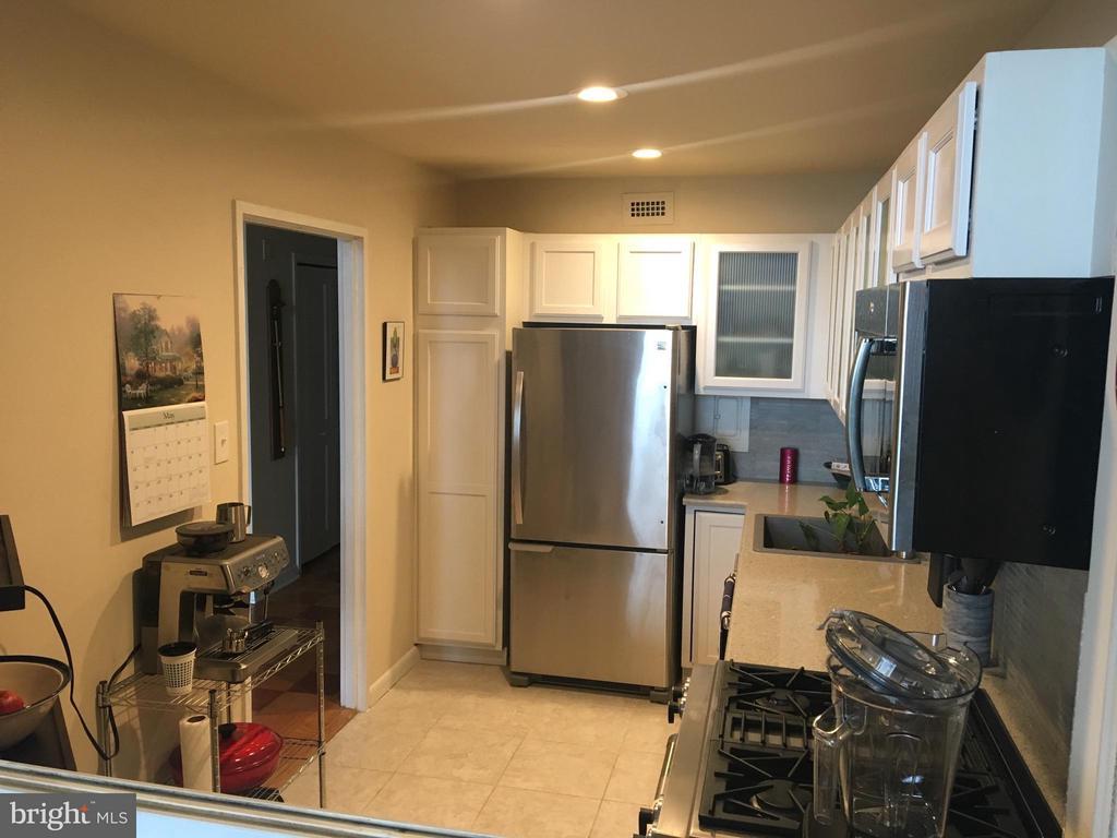 Kitchen - 1200 NASH ST N #1131, ARLINGTON