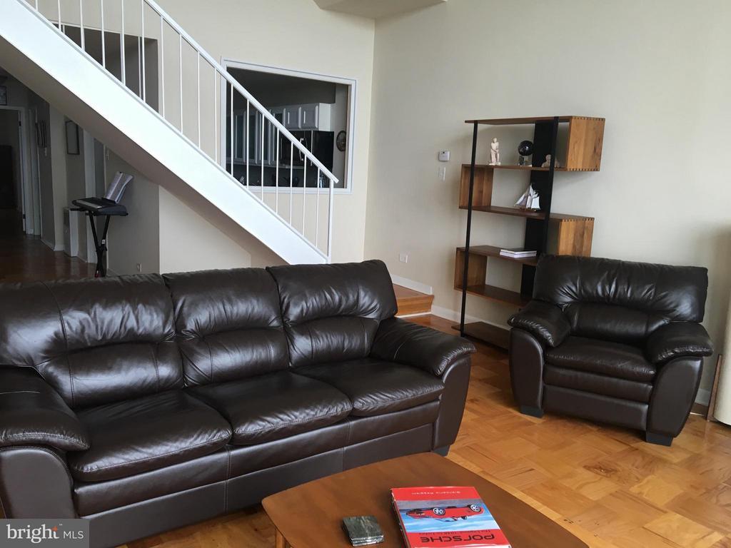 Living Room - 1200 NASH ST N #1131, ARLINGTON