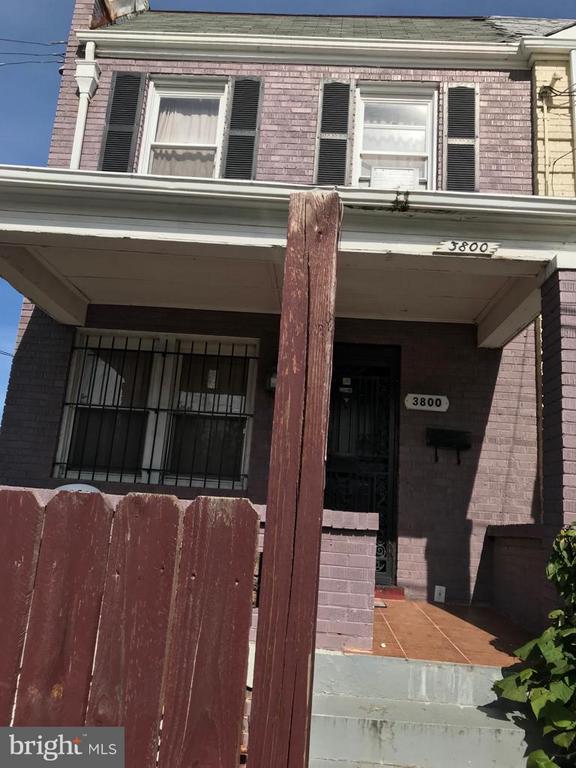 Exterior (Front) - 3800 EAST CAPITOL ST NE, WASHINGTON
