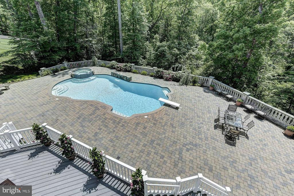 View - 8701 OLD DOMINION DR, MCLEAN