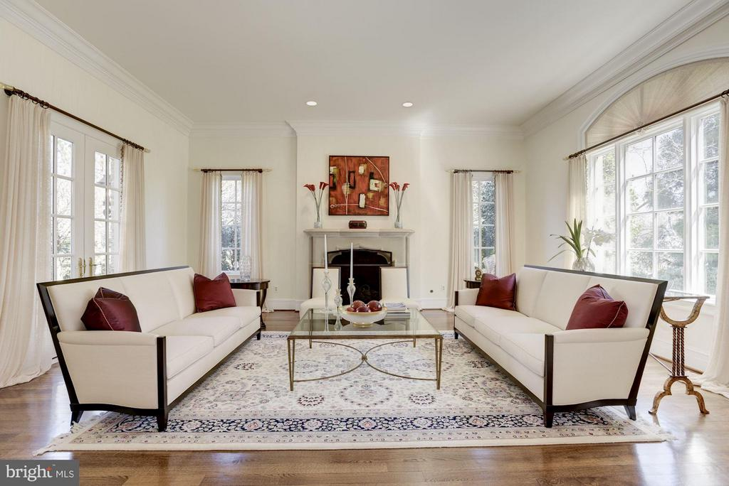 Living Room - 1179 ORLO DR, MCLEAN