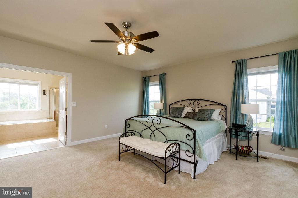 Bedroom (Master) - 17800 AIRMONT RD, ROUND HILL