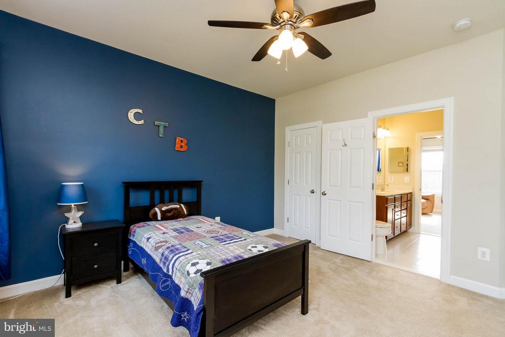 Bedroom - 17800 AIRMONT RD, ROUND HILL