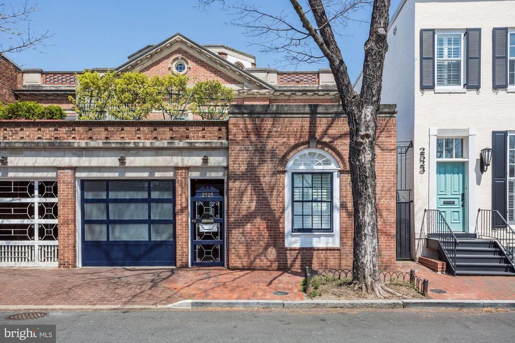 MLS DC10340754 in GEORGETOWN