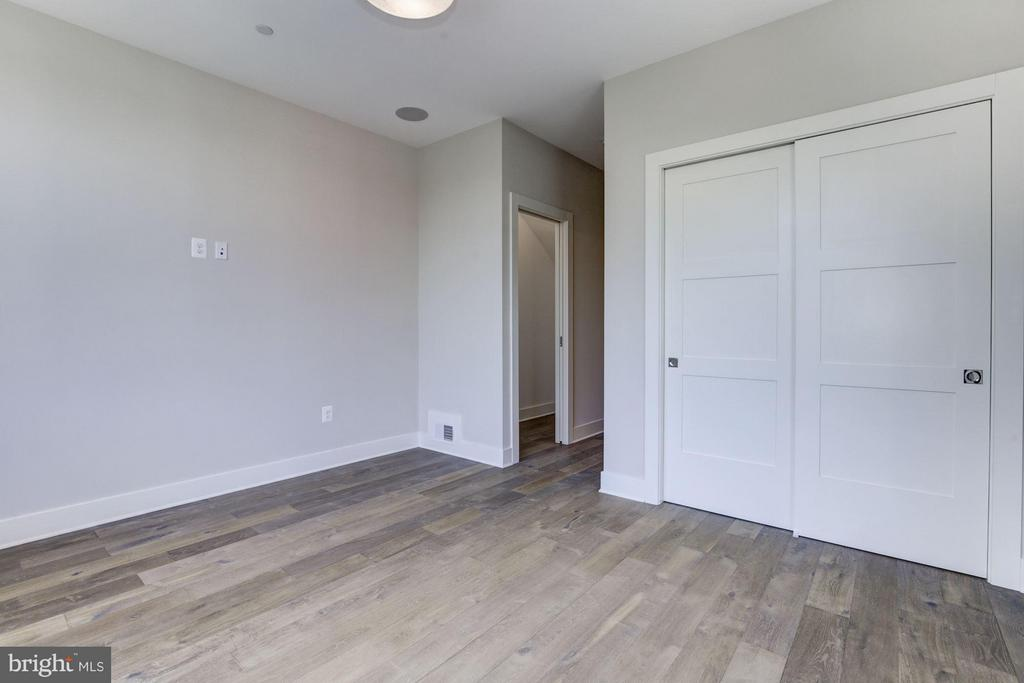 Includes Two Large Closets - 517 Q ST NW #2, WASHINGTON