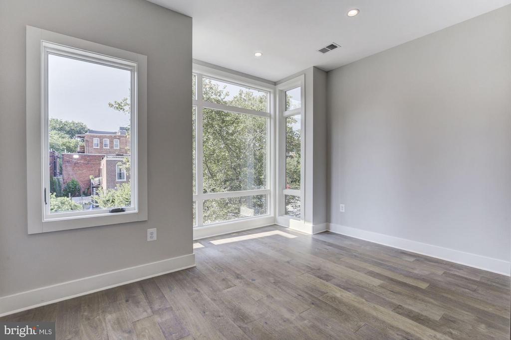 Third Bedroom / Den - 517 Q ST NW #2, WASHINGTON