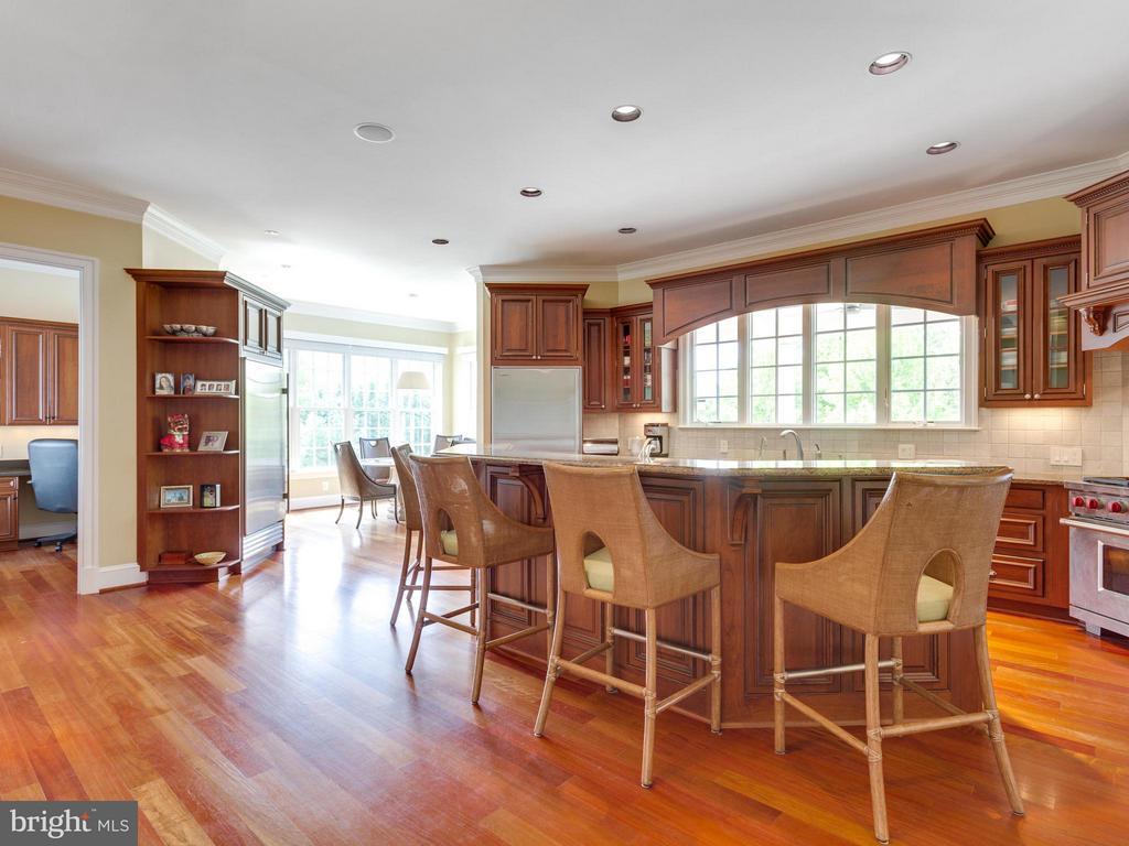 Awe-inspiring Cherry & Granite Kitchen. - 3450 FAWN WOOD LN, FAIRFAX