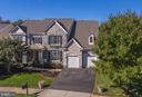 Luxurious Lakeside Living - 11600 FOREST HILL CT, FAIRFAX