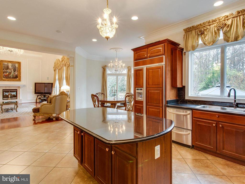 Kitchen - 2952 BONDS RIDGE CT, OAKTON