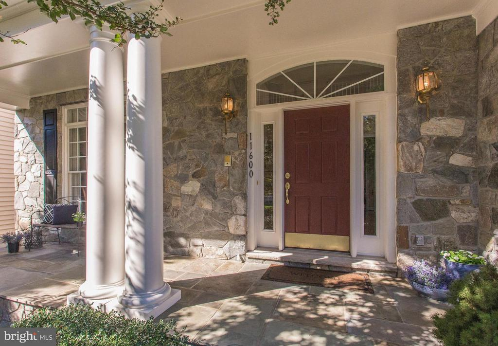 Gracious & Welcoming Front Porch. - 11600 FOREST HILL CT, FAIRFAX