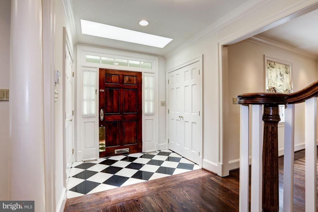 Inviting Foyer - 5107 MOORLAND LN, BETHESDA