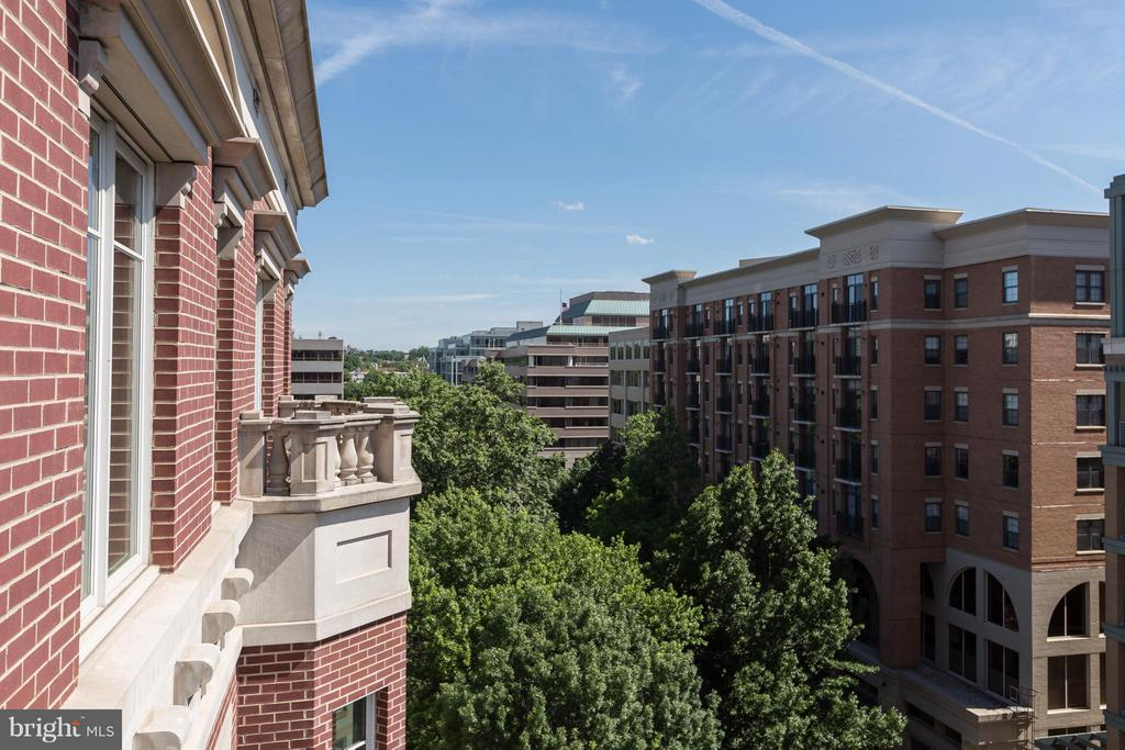 View - 2501 PENNSYLVANIA AVE NW #PH2B, WASHINGTON