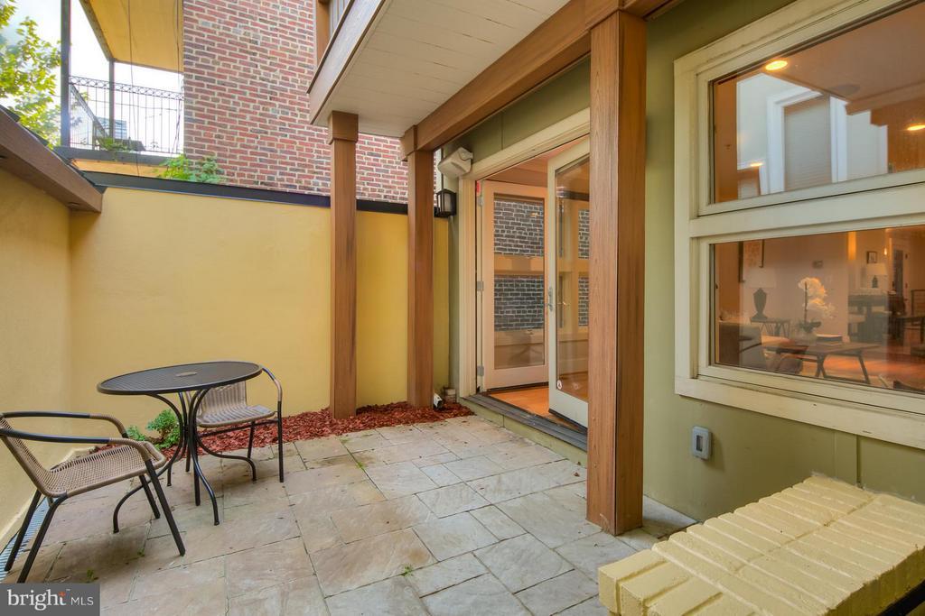 Exterior (General) - 1217 10TH ST NW #B, WASHINGTON