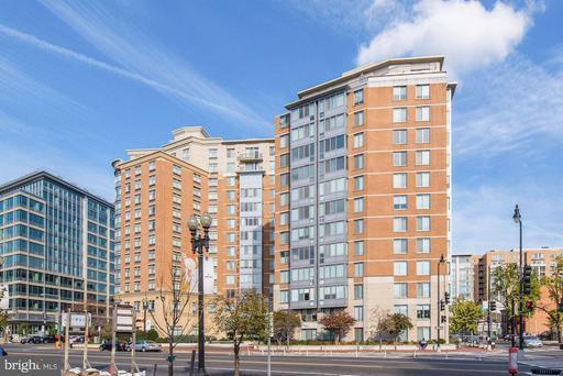 555 MASSACHUSETTS AVE NW #418