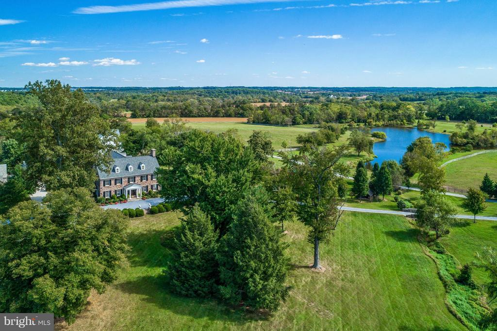 Aerial View - 19001 BUCKLODGE RD, BOYDS