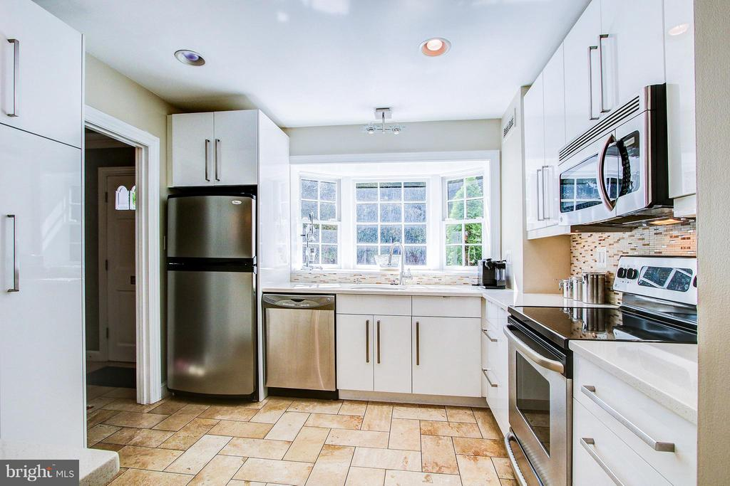 Kitchen - 424 PRINCESS ST, ALEXANDRIA