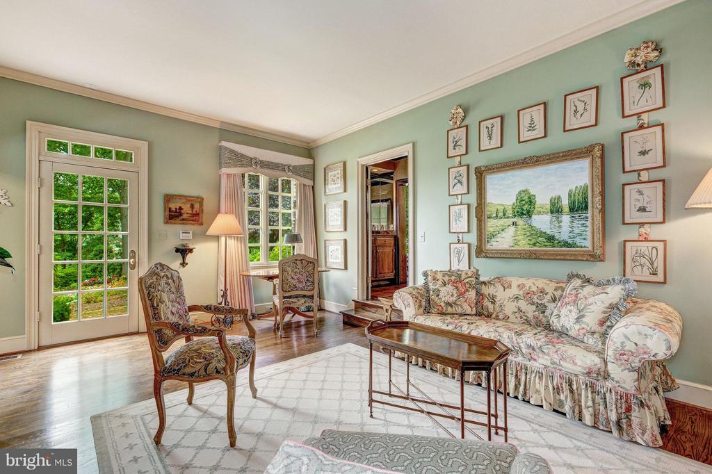 Main Level Guest Apartment - 11617 HIGHLAND FARM RD, POTOMAC