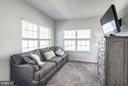 Sitting Room in Owners' Retreat - 9075 SANDRA PL, MANASSAS PARK