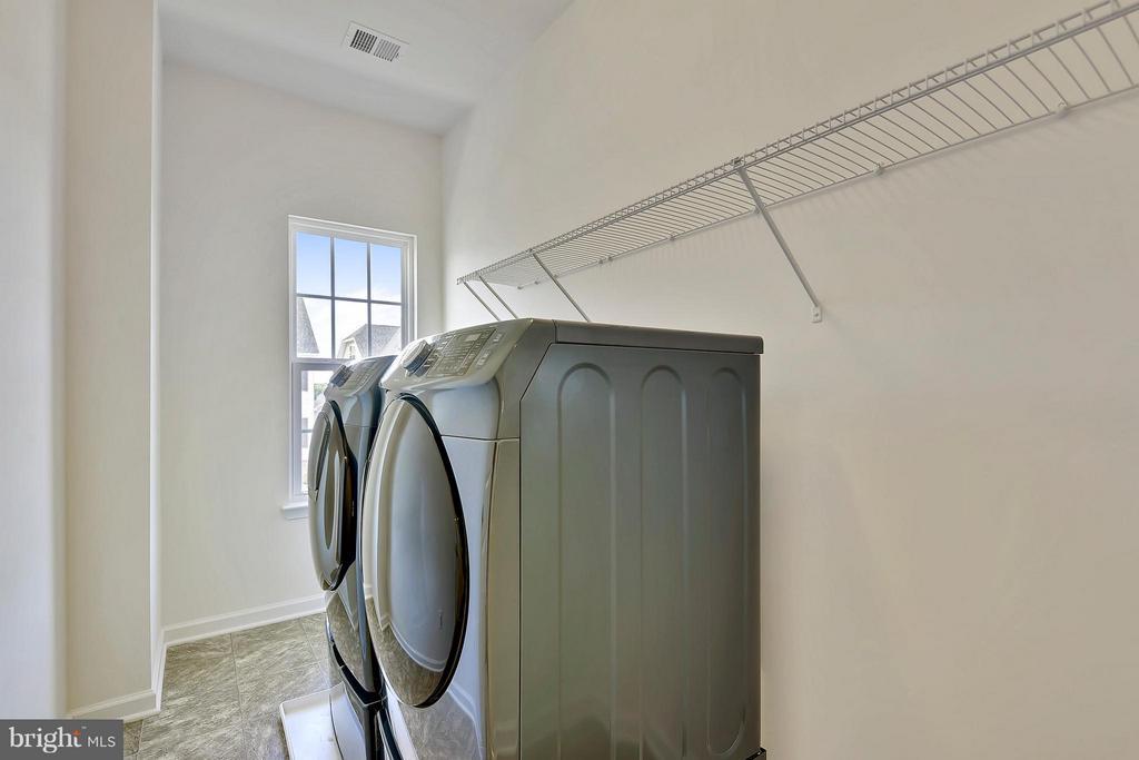 Upper Level Laundry Room - 22504 HEMLOCK HILLS PL, CLARKSBURG
