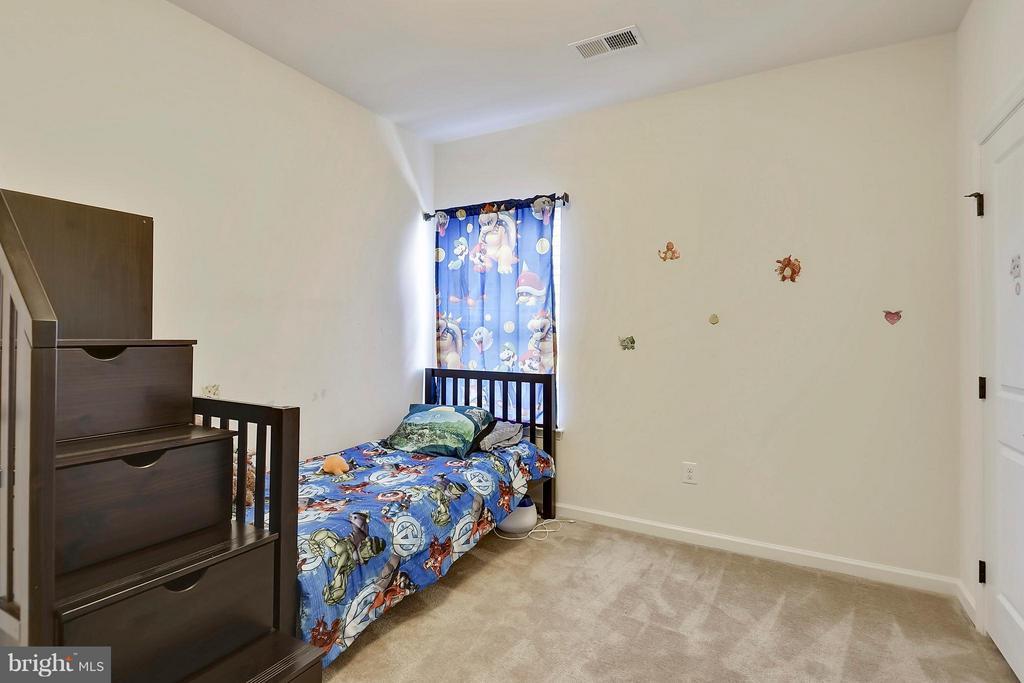 4th Bedroom all with good closet space - 22504 HEMLOCK HILLS PL, CLARKSBURG