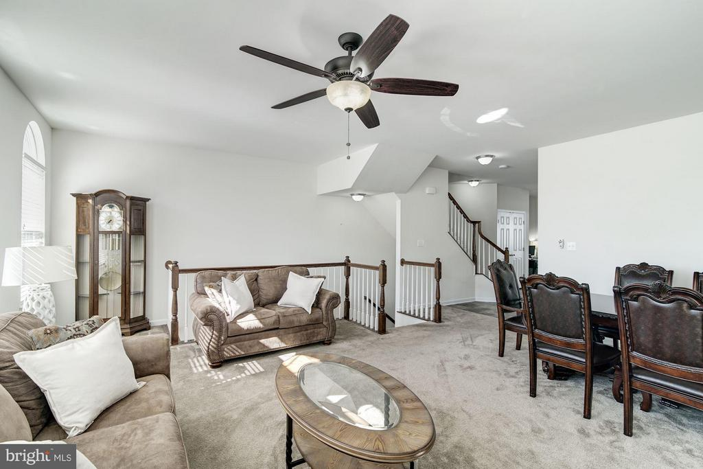 Living Room - 9075 SANDRA PL, MANASSAS PARK