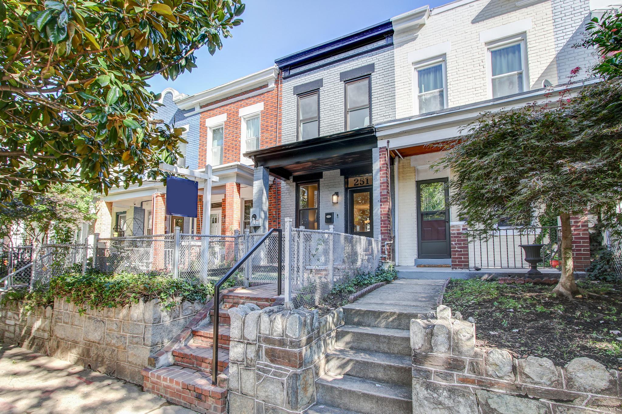 Property for Sale at 251 14th Pl NE 251 14th Pl NE Washington, District Of Columbia 20002 United States