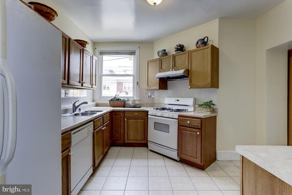Kitchen - 4300 KANSAS AVE NW, WASHINGTON
