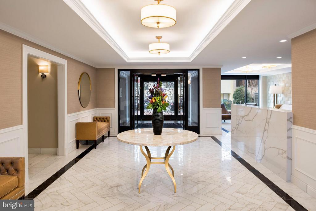 Grand Lobby - 4915 HAMPDEN LN #302, BETHESDA