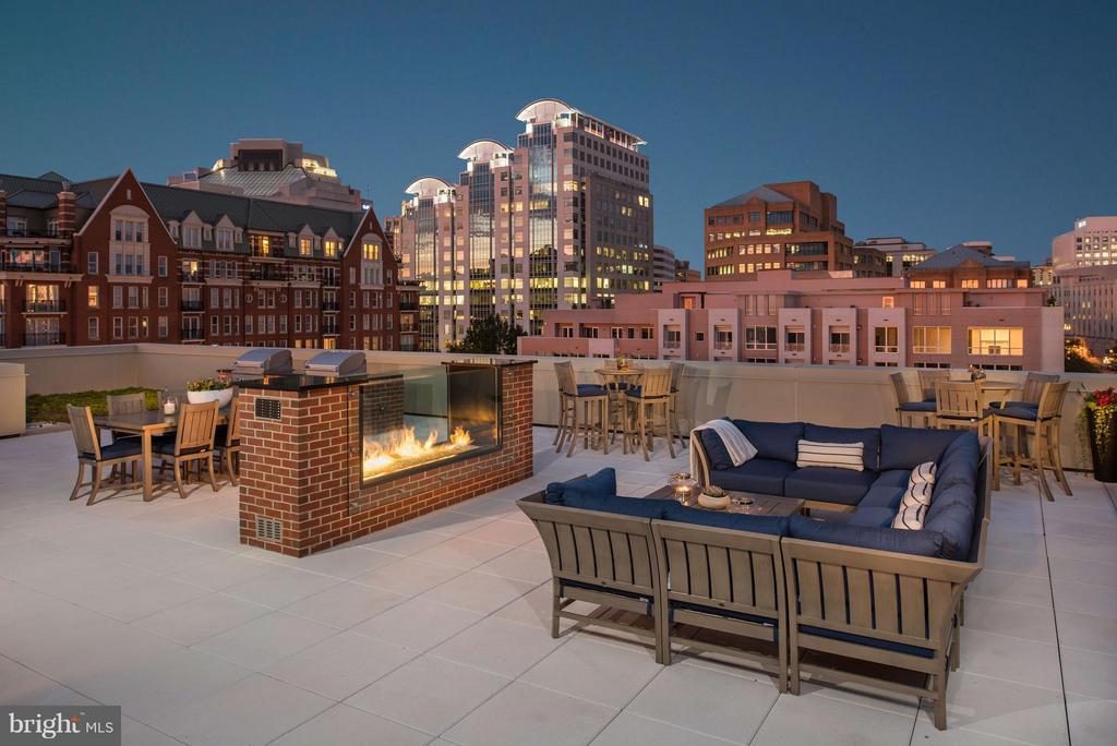 Building Amenities- Rooftop Terrace & Lounge - 4915 HAMPDEN LN #301, BETHESDA