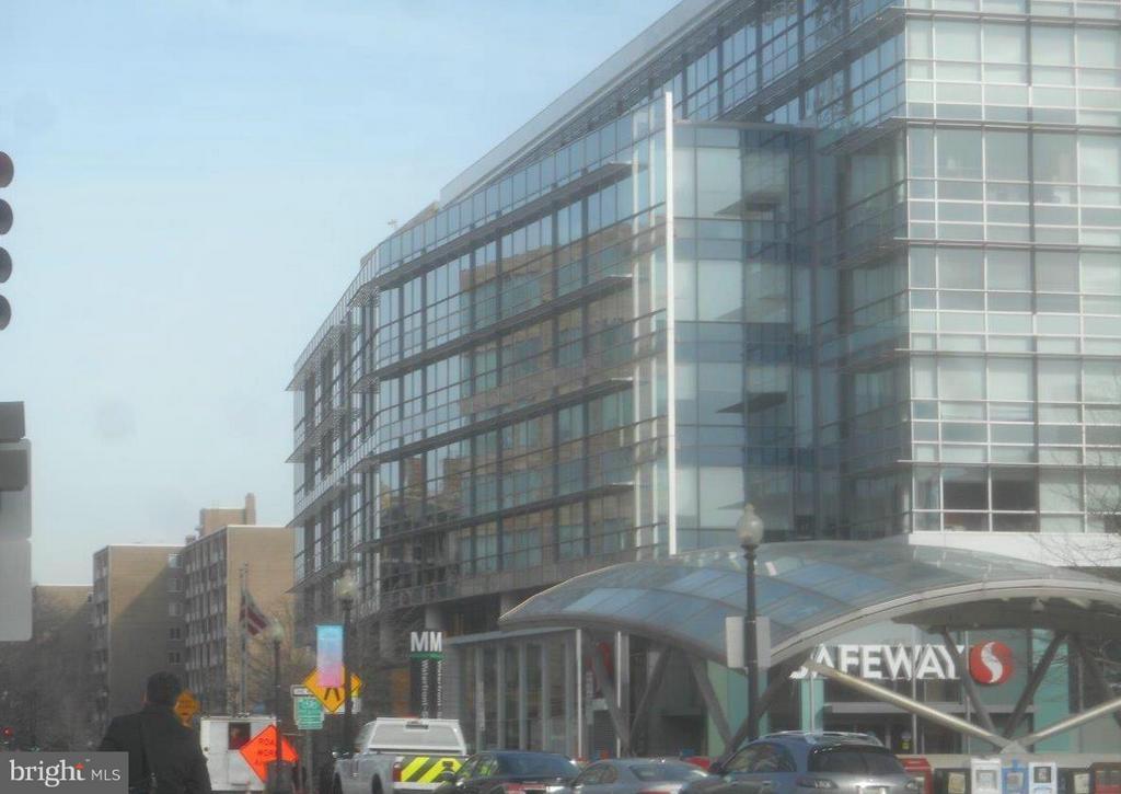 Waterfront Southwest Metro Stop and Safeway - 2647 MARTIN LUTHER KING JR AVE SE #203, WASHINGTON
